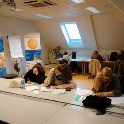 Schülerinnen bei der Veranstaltung Selbstbewusstsein