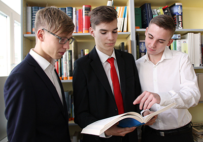 Drei Schüler der HAK Neusiedl am See