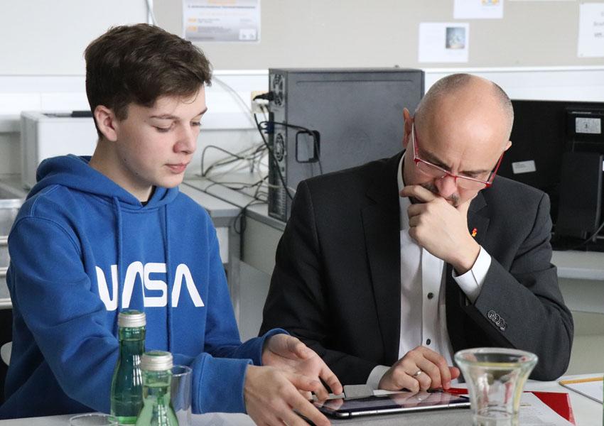 Pressekonferenz HAK Neusiedl mit Landesschulratspräsident Zitz