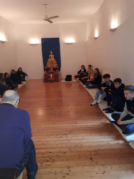 Klasse 3 BK im buddhistischen Zentrum in Wien